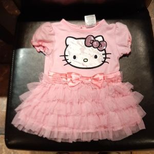 Hello Kitty Dress 6-9 months, pink and cute!
